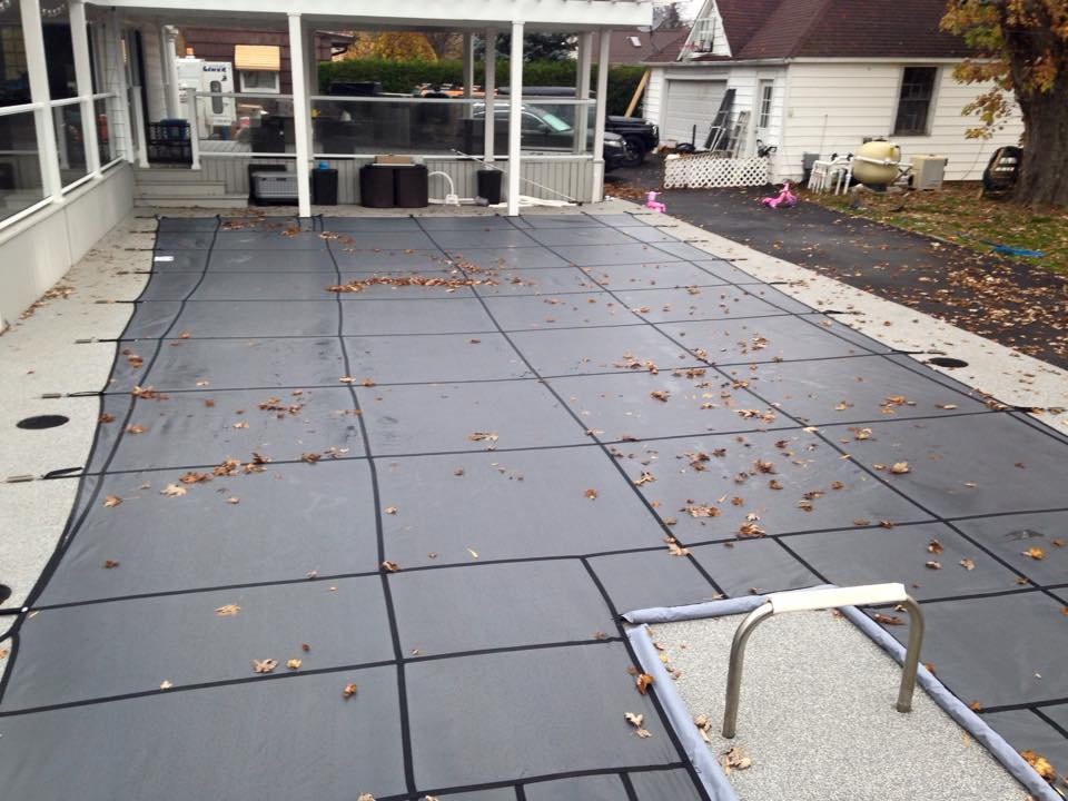 Closing Pools, pool covers